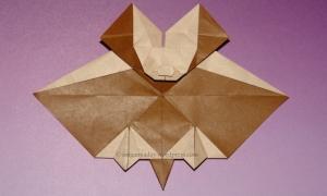 Origami Tessellation Bat