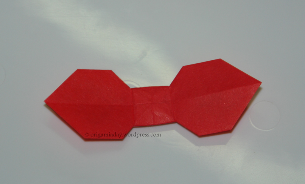 bow tie an origami a day