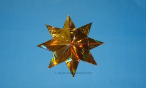Origami 8 Pointed Star - Gold